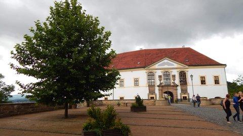 FOTKA - 1.nádvoří