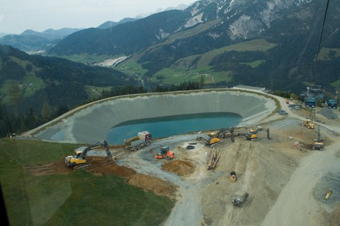 FOTKA - Z Asitz na Geierkogel - Nová vodní nádrž k zasněžování