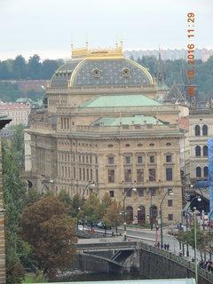 FOTKA - Pohled z terasy Tančícího domu na ND