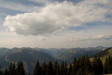 FOTKA - Z Asitz na Geierkogel - Údolí Saalbachu