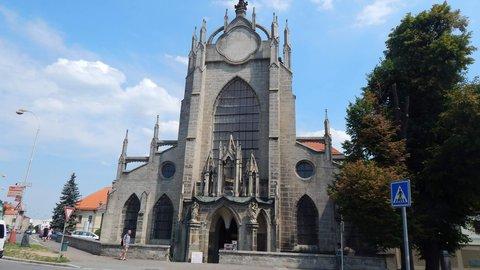 FOTKA - Kostel Nanebevzetí Panny Marie a svatého Jana Křtitele