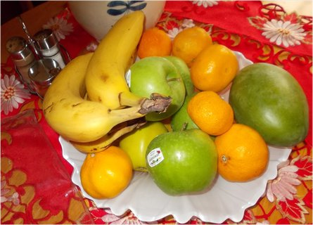 FOTKA - mísa ovoce u sousedky