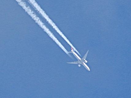 FOTKA - Sice jsem to vyfotila,ale můj styl letadla to není.