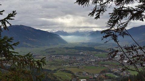 FOTKA - Letos naposledy na Steinalmu - Výhled do údolí
