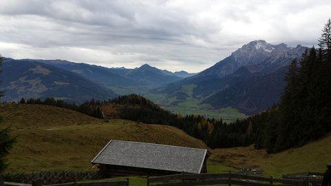 FOTKA - Letos naposledy na Steinalmu - Pohled do údolí Leogangu