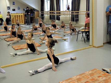 FOTKA -  ukázková hodina v baletní škole