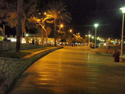FOTKA - nasvětlení ulic