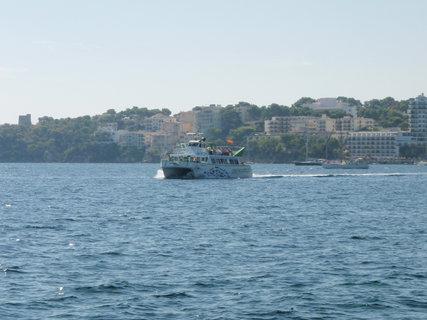 FOTKA - loď na obzoru