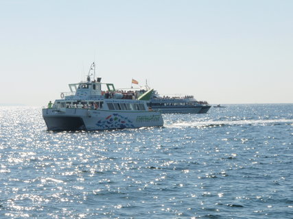 FOTKA - připlouvá nám loď