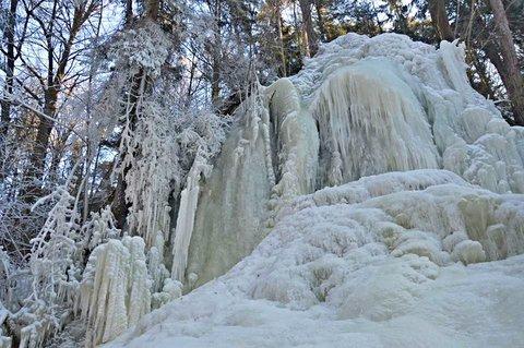 FOTKA - Ještě jeden pohled na zamrzlý vodopád