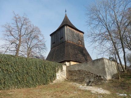 FOTKA - Tuřany (Slánsko) - dřevěná zvonice z r. 1717