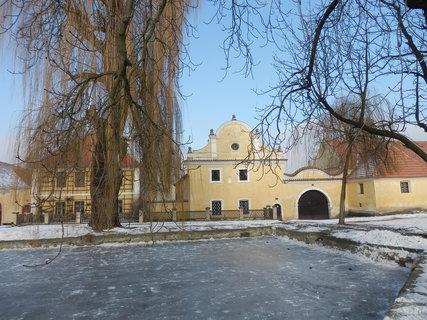 FOTKA - Národopisné muzeum v Třebízi bylo veřejnosti zpřístupněno v roce 1975 jako součást Vlastivědného muzea ve Slaném.