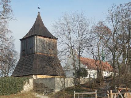 FOTKA - Tuřany (Slánsko) * dřevěná zvonice