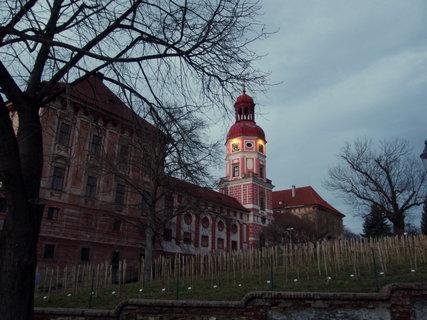 FOTKA - Osvětlený zámek