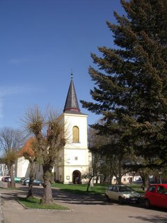 FOTKA - Vrby, kostel a nebe