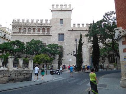 FOTKA - Jediná památka UNESCO ve Valencii- tzv. Hedvábná burza Llotja de la Seda