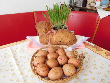 FOTKA - Velikonoční stůl