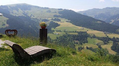 FOTKA - Procházka na Grammlergut -  Je libo odpočinek s výhledem?