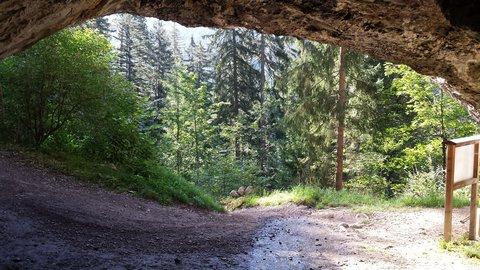 FOTKA - Výšlap na Steinalm - Pohled z jeskyně Kühloch
