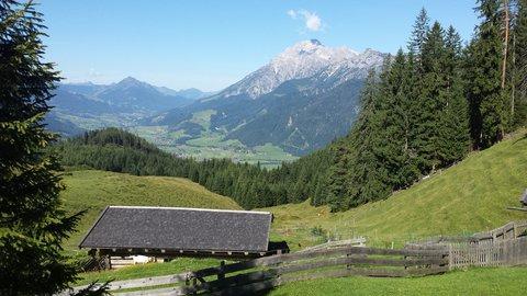 FOTKA - Výšlap na Steinalm - Pohled do údolí