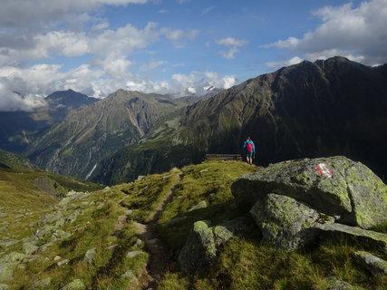 FOTKA - Proti horám je člověk jako mraveneček - Stubaital