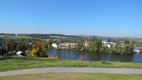 FOTKA - výhled na areál zámku ve Žďáru n. S.