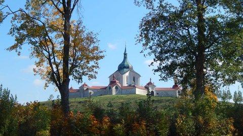 FOTKA - výhled na Zelenou horu od zámku