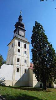 FOTKA - třípatrová věž zvonice