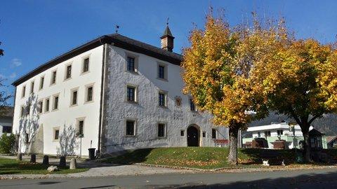 FOTKA - Hezký podzimní den na Ritzensee - Zámek Ritzen