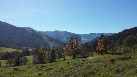 FOTKA - Podzimní procházka k Triefen - Pohled do údolí