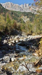 FOTKA - Podzimní procházka k Triefen - Pohled zpátky