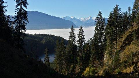 FOTKA - Podzimní procházka na Steinalm - Mlha v nížině