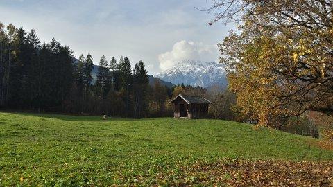 FOTKA - Podzimní procházka okolo Ritzensee - Stodola na louce