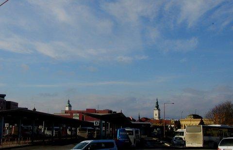 FOTKA - v Uh.Hradišti autobusové nádr.