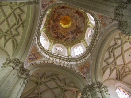FOTKA - Strop v kostele