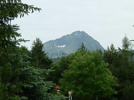 FOTKA - Pohľad na Gerlach (2654 m n. m.) od nášho hotela