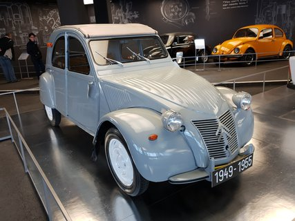 FOTKA - Nejvýše položená výstava aut na Grossglockneru - Kachna