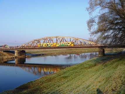 FOTKA - osobáček na mostě