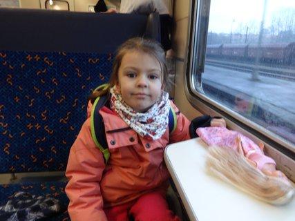 FOTKA - Sarinka jede na vylet