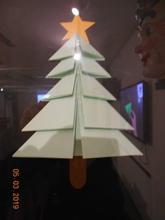 FOTKA - Skládaný stromek z papíru