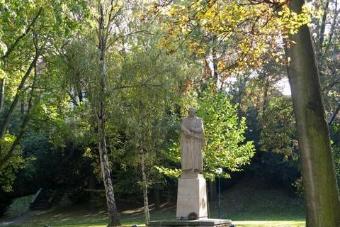 FOTKA - socha J.Žižky