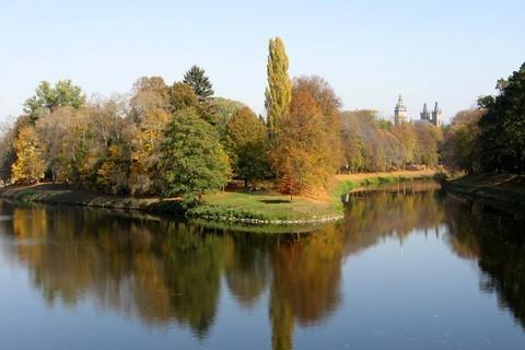 FOTKA - Místo kde se řeky  Labe s Orlicí spojují
