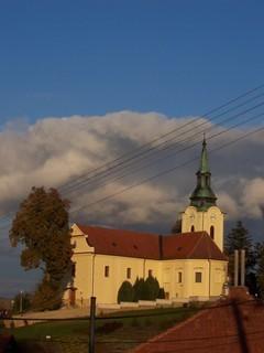 FOTKA - Nasvícený kostel