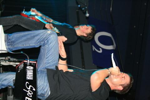 FOTKA - Clou na koncertě Support Lesbiens
