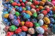 Velikonoční trhy na Smíchově - hromada vajec