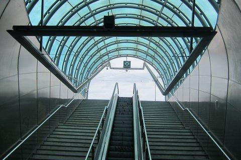 FOTKA - Stanice metra Hradčanská