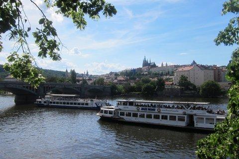 FOTKA - Na Vltavě je rušno