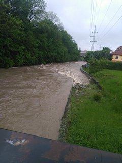 FOTKA - Rozvodněná Bečva  v době dešťů