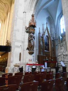 FOTKA - Boční oltář v kostele svaté Kateřiny