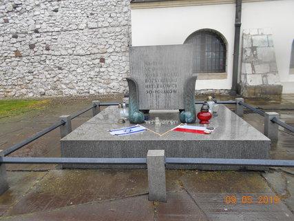 FOTKA - Židovským obětem, u Staré synagogy